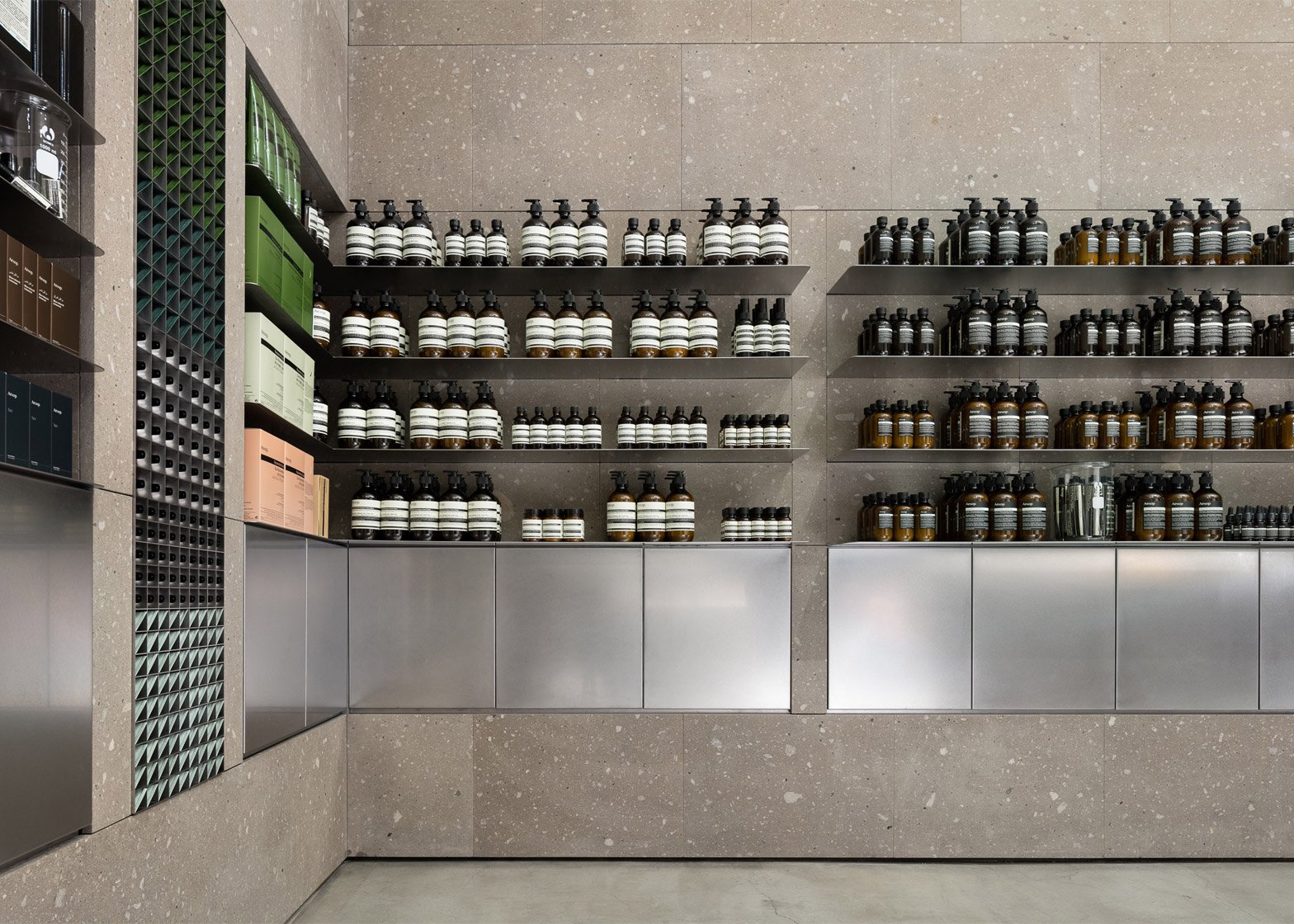 Aesop Sapporo Stellar Place by CASE-REAL