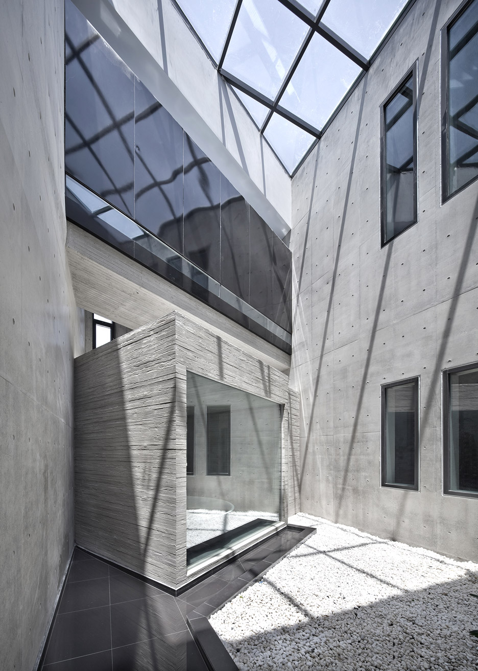 Alley's Adventures in Wonder House by Architect K