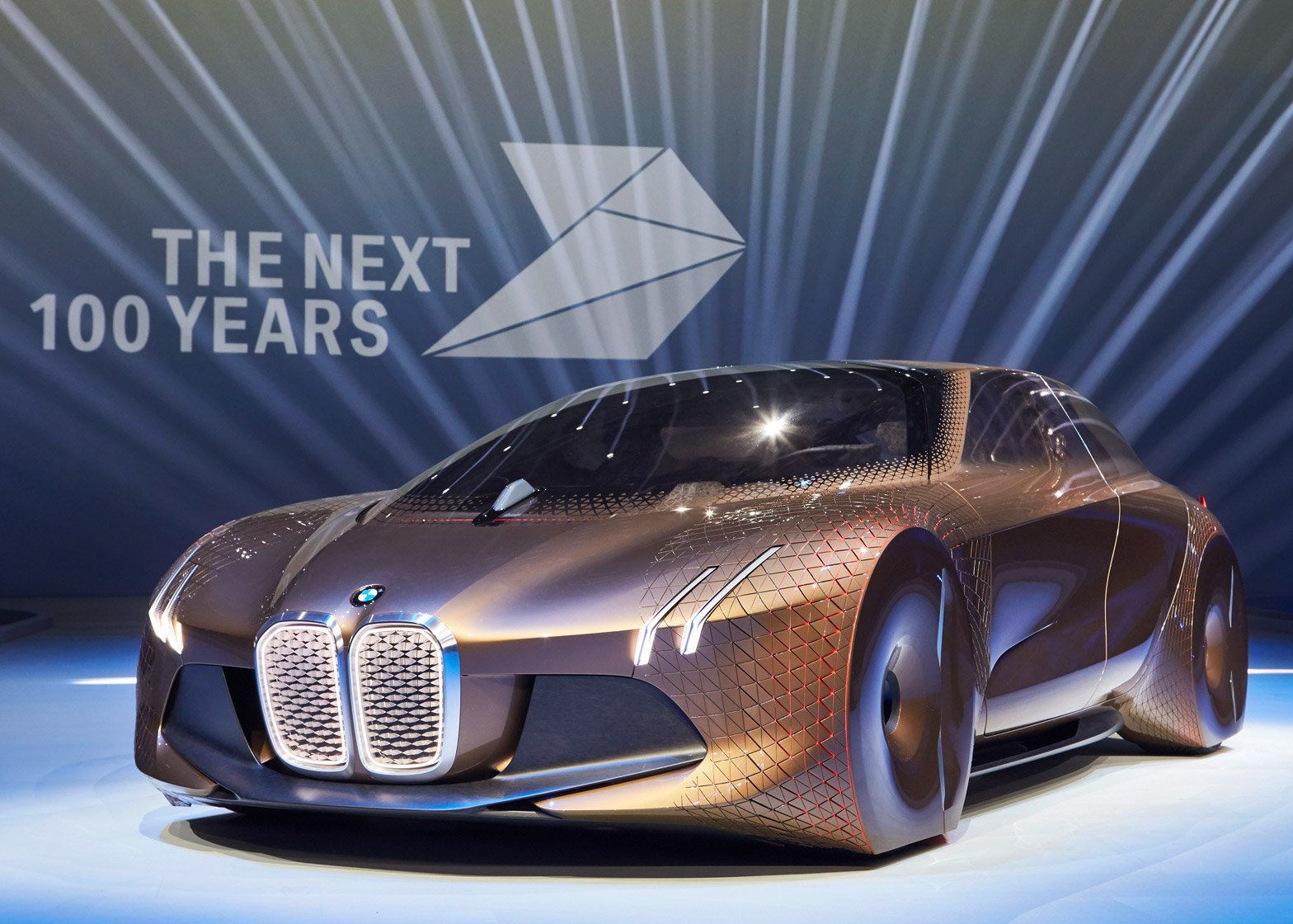 Colour changing car technology - Bmw Unveils Shape Shifting Concept Car With Computers That Can Predict Your Every Move