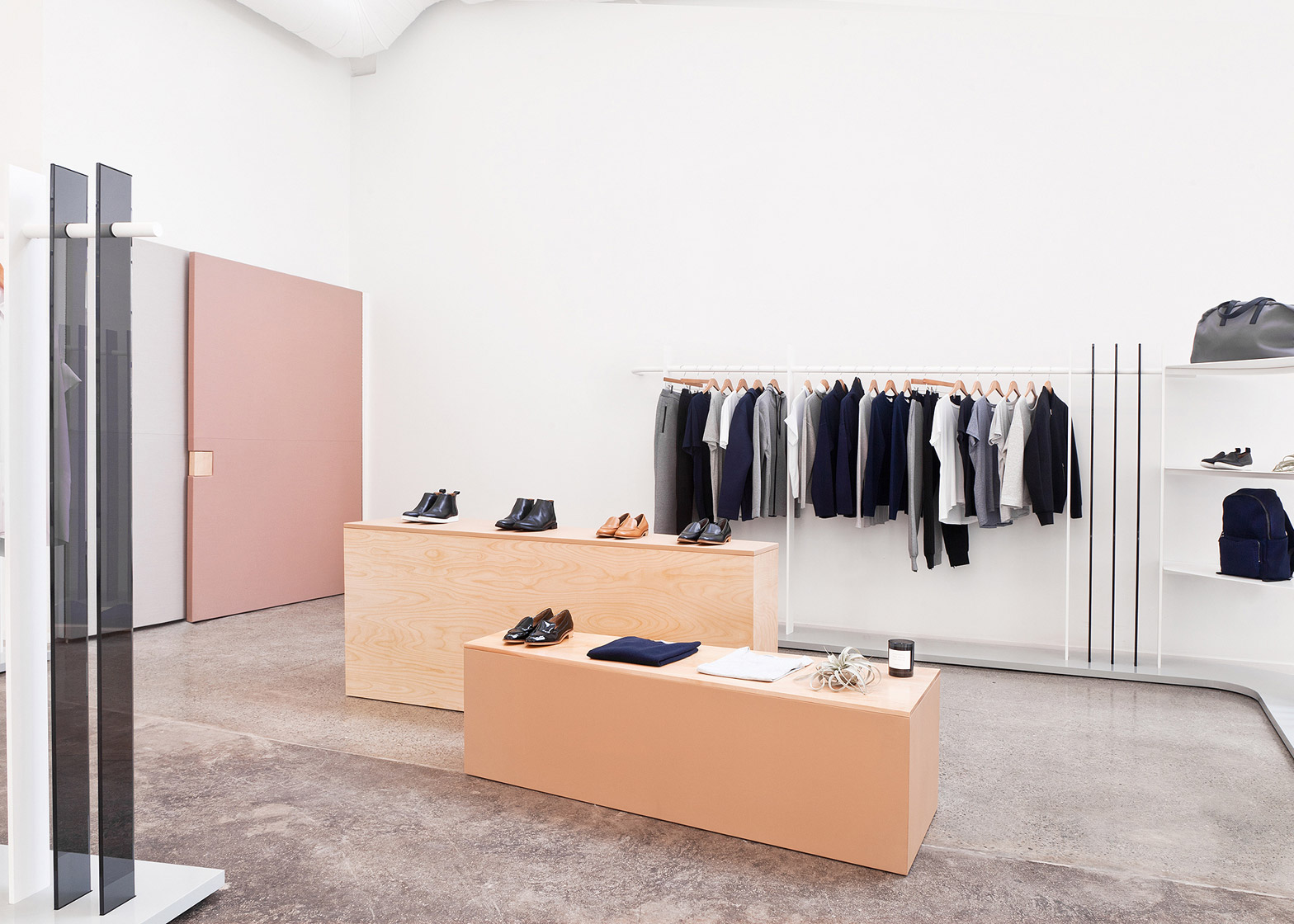 interior of brook&lyn everlane showroom