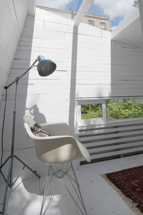 brooklyn-garden-studio-hunt-architecture_dezeen_936_9