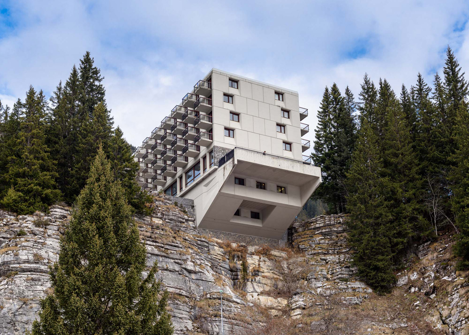 alastair philip wiper captures breuer u0027s flaine ski resort