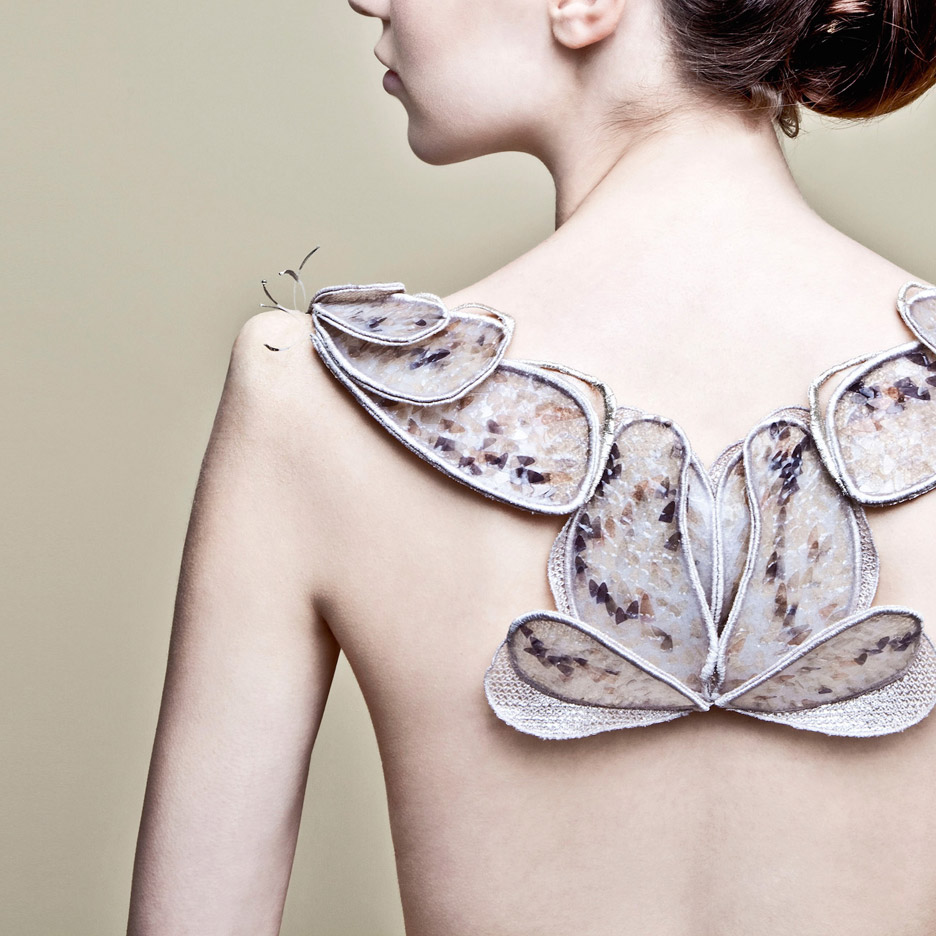 Back Piece from Biological Atelier SS 2082 'Extinct' Collection by Amy Congdon, 2014. Photograph by Lorna Jane Newman, courtesy of the designer