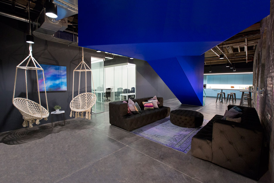 Coworking space by Leeser Architecture