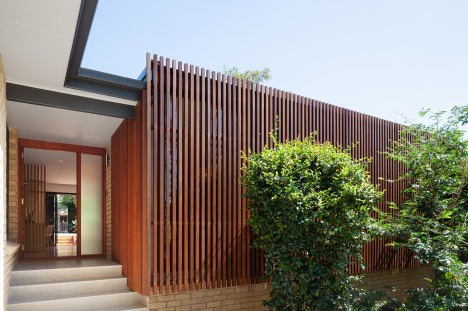 Escu House by Bijl Architecture