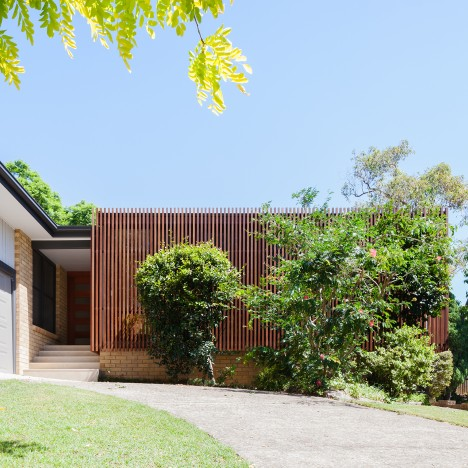 Bijl Architecture adds slatted sun-shading screen to a refurbished Sydney bungalow