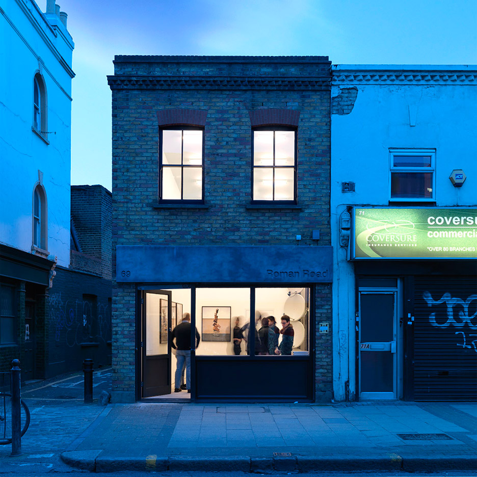 gallery-house-threefold-architects-bethnal-green-exhibition-space_dezeen_936_0