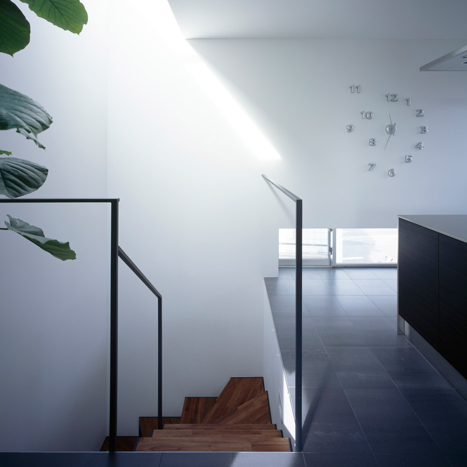 gaze-residential-art-gallery-apollo-architects-associates-aichi-japan-masao-nishikawa_dezeen_936_5