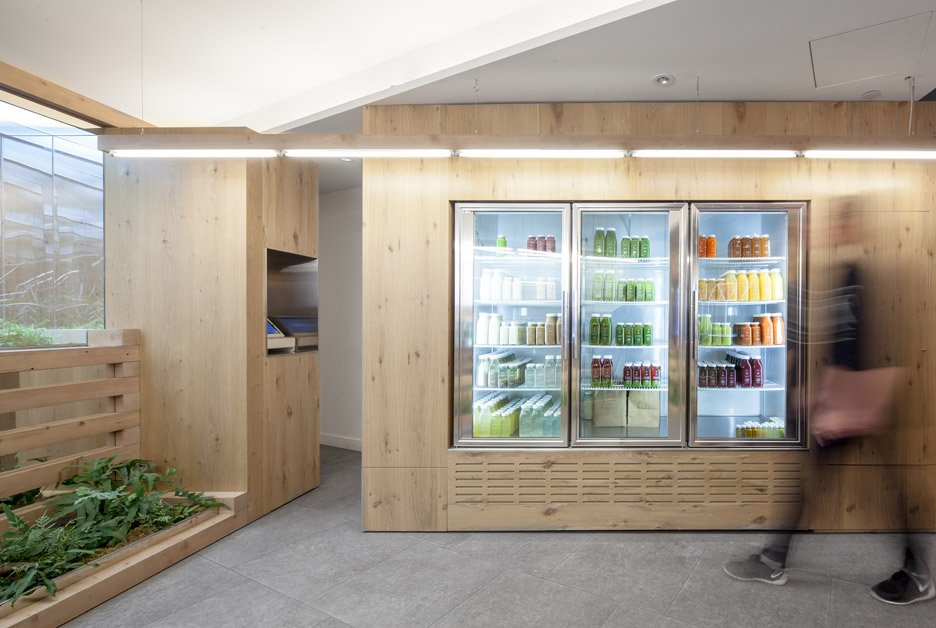 Grow Op juice bar in Toronto by Kilogram Studio