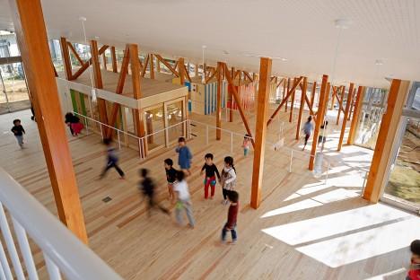 Hakusui Nursery School by Yamazaki Kentaro Design Workshop