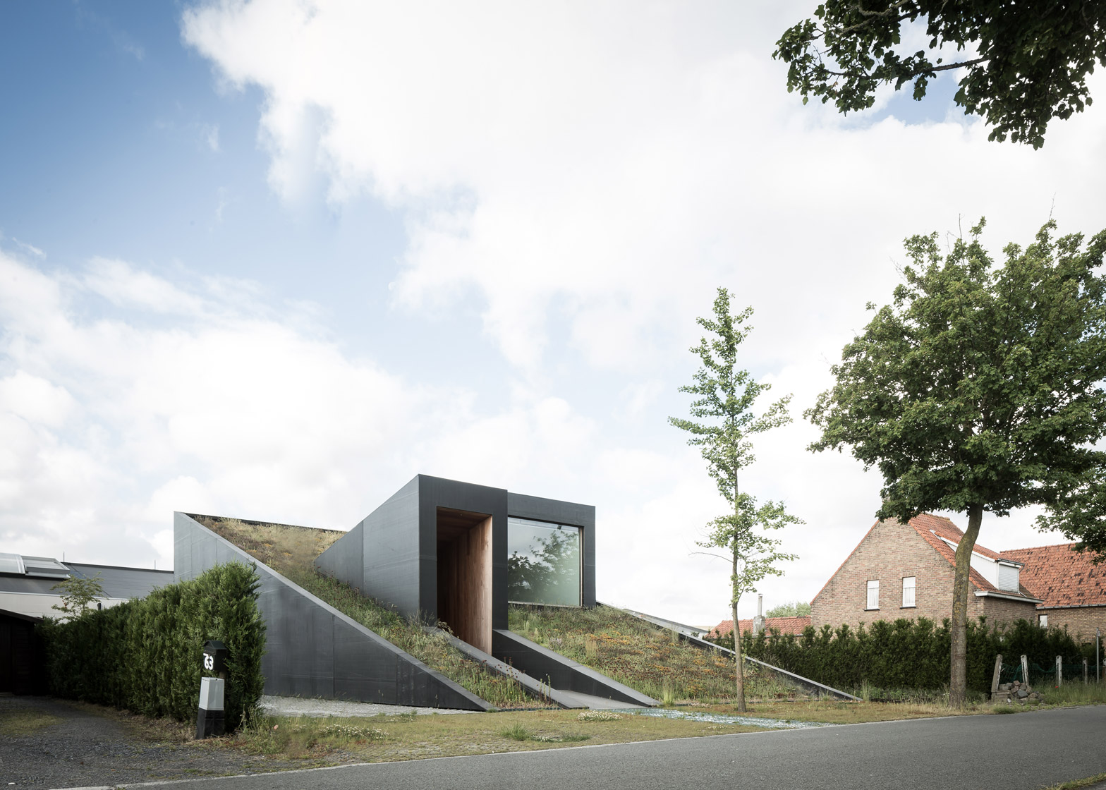House PIBO by Oyo Architects in Maldegem, Belgium