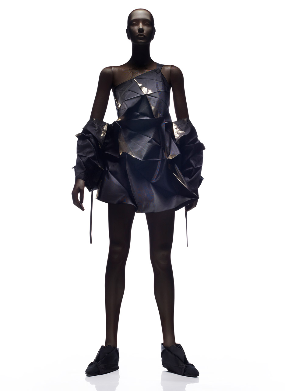 32 5 Dress by Reality Lab, Miyake Design Studio, 2010