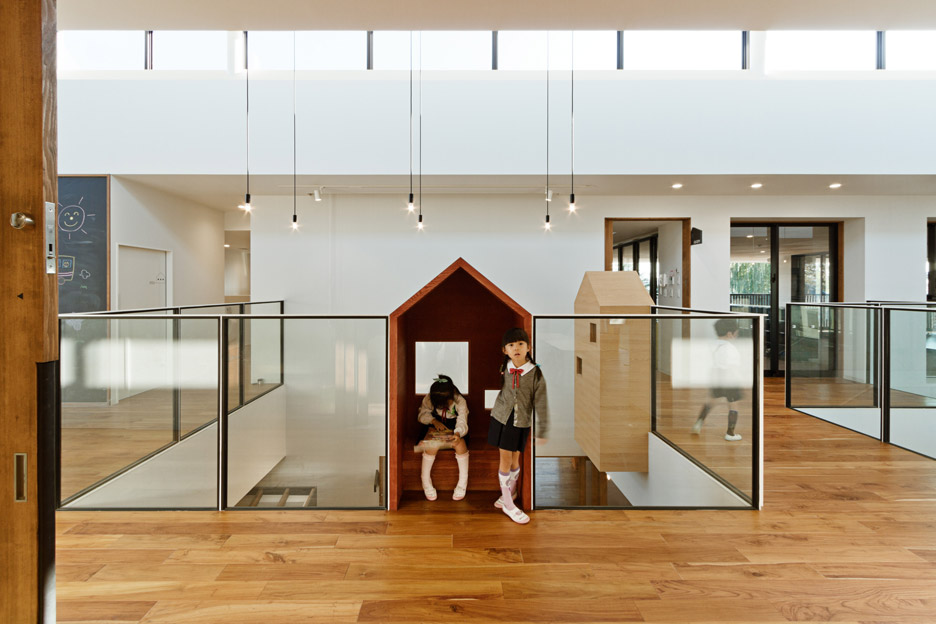 Kindergarten by Hibinosekkei and Youji no Shiro