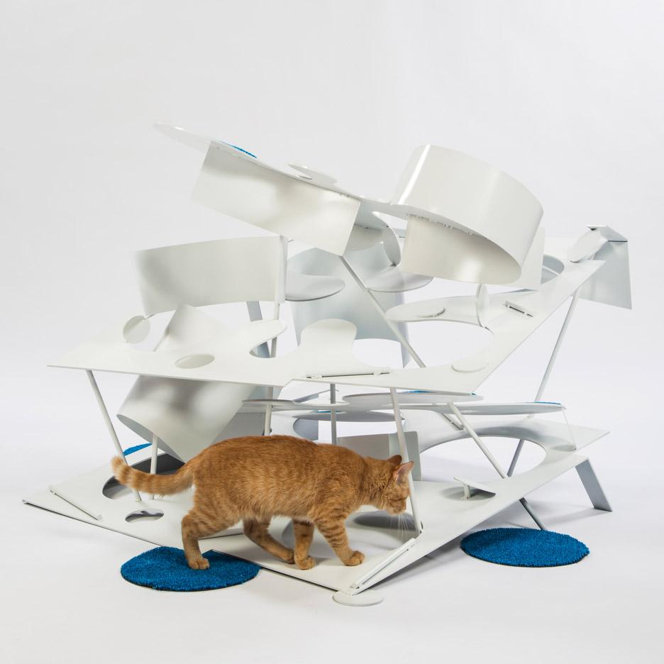 Kitty Kurves by Lehrer Architects
