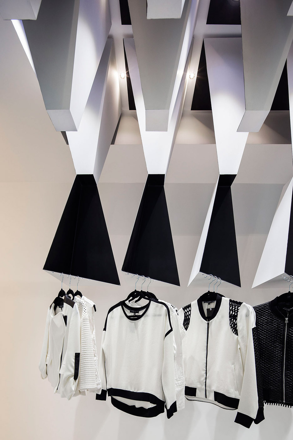 Melange Store by Massive Order