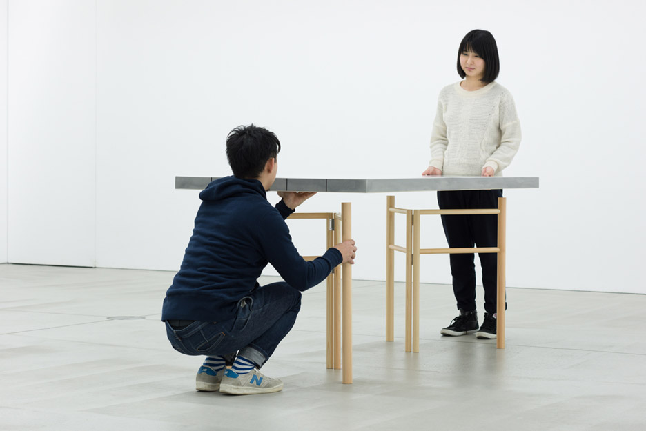 sponge-table-jo-nagasaka-design-furniture-tokyo-japan-takumi-ota_dezeen_936_7