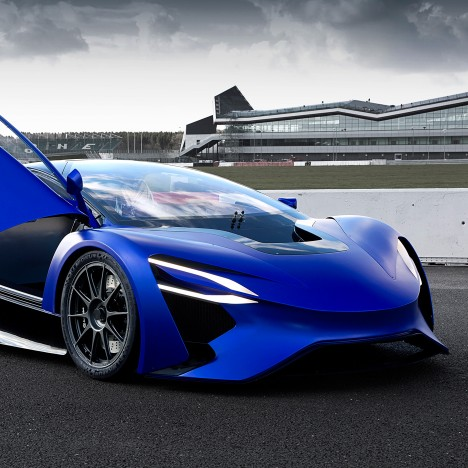 "Techrules showcases turbine-recharging tech in ""China's first supercar"""