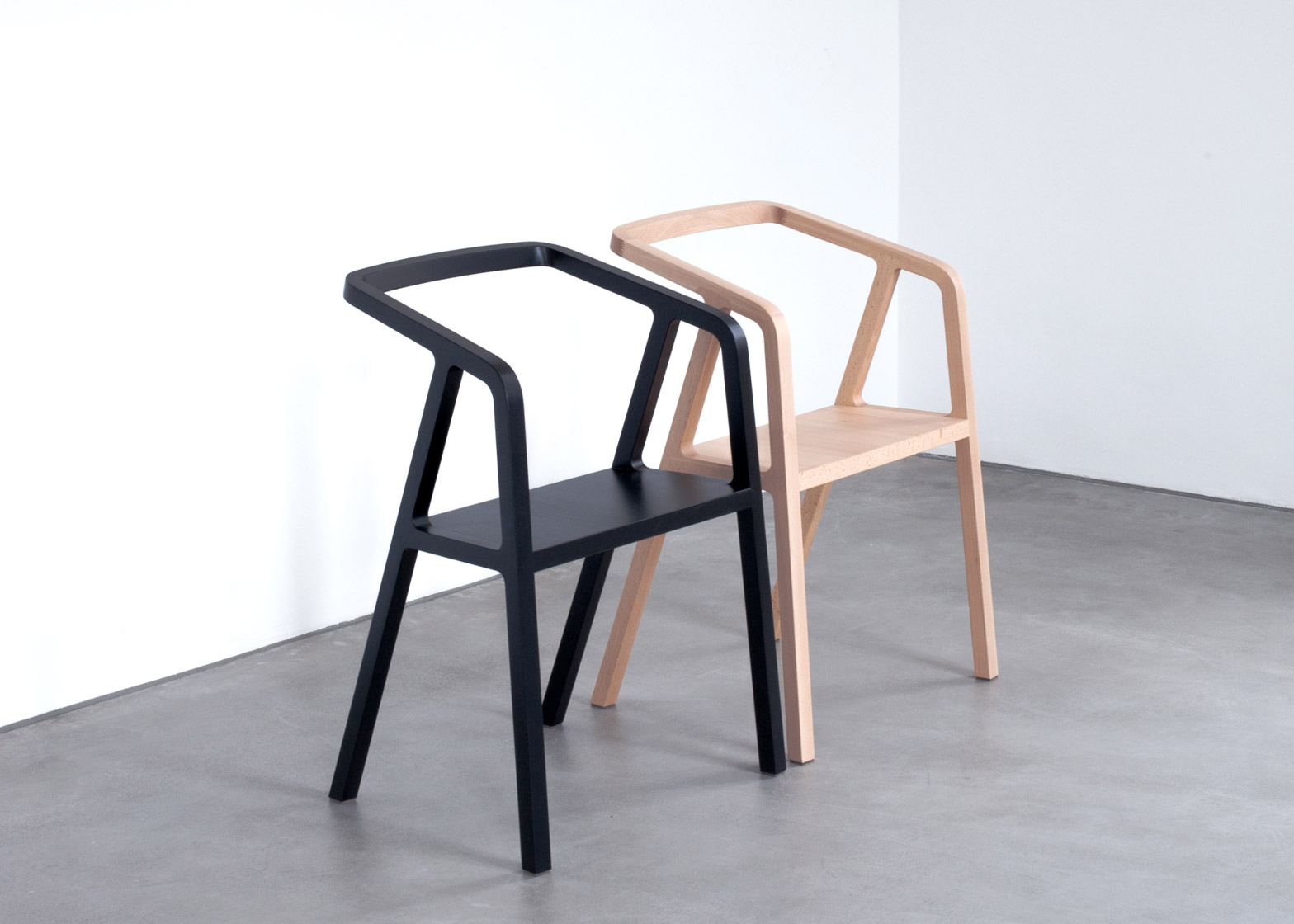 Thomas Feichtners A Chair Uses Traditional Carpentry Joints