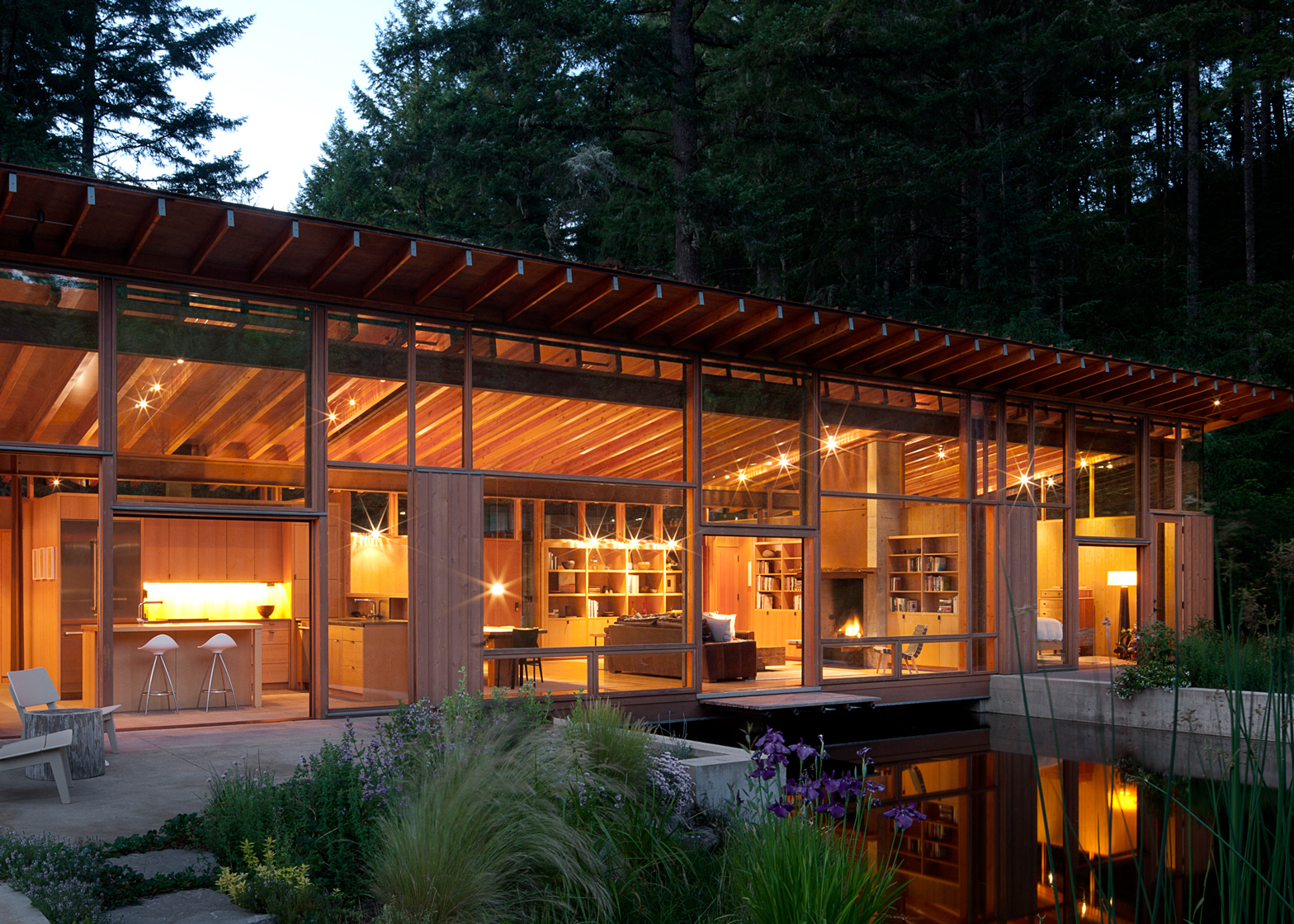 Newberg Residence; Newberg, Oregon by Cutler Anderson Architects. Photography by Jeremy Bitterman & Carey Critchlow