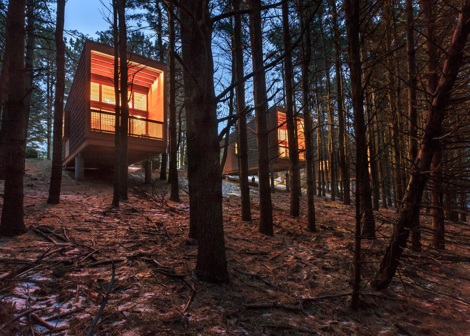 Whitetail Woods Regional Park Camper Cabins; Farmington, Minnesota by HGA. Photography by Paul Crosby & Peter VonDeLinde