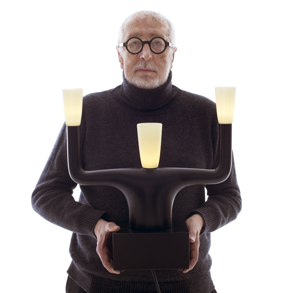 Andrea Branzi with his Guru Lamp for Qeeboo