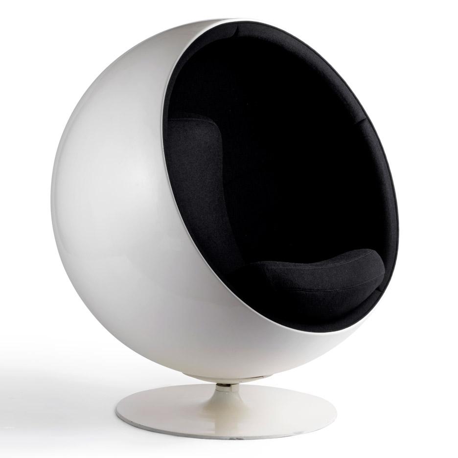 ball-chair-eero aarnio retrospective-design museum helsinki_dezeen_936_8
