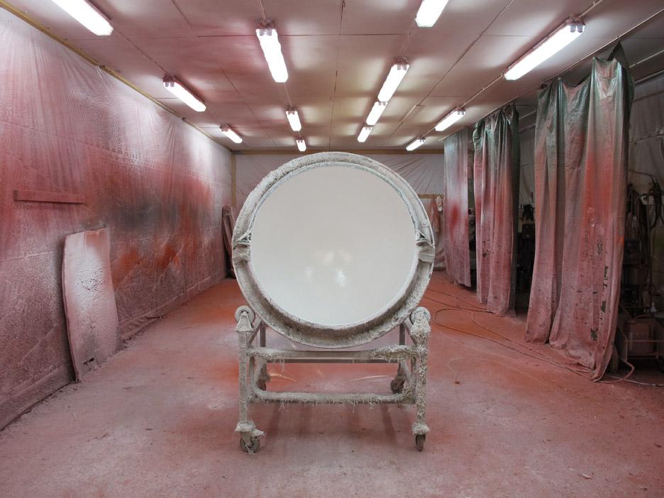 ball chair factory production-eero aarnio retrospective-design museum helsinki_dezeen_936_5