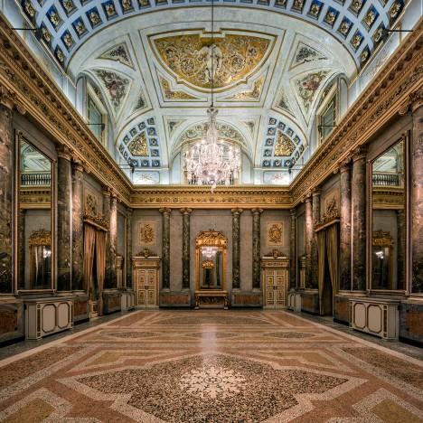 Lasvit restores Bohemian crystal chandeliers in Milan's Palazzo Serbelloni