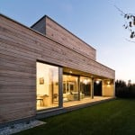 Mariusz Wrzeszcz completes house in Poland with cedar walls inside and out