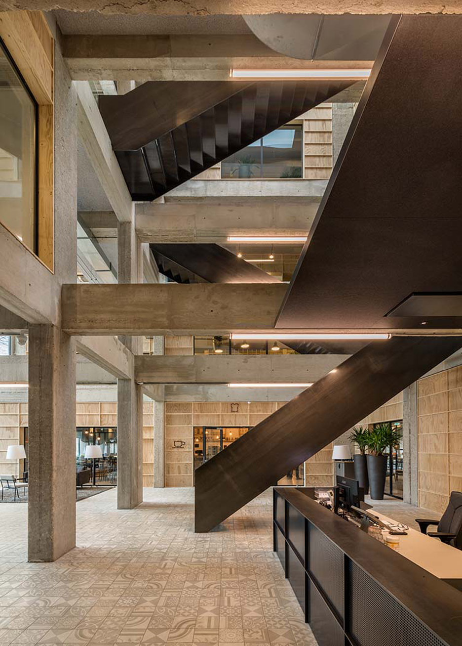 De Alliantie Headquarters by Studioninedots
