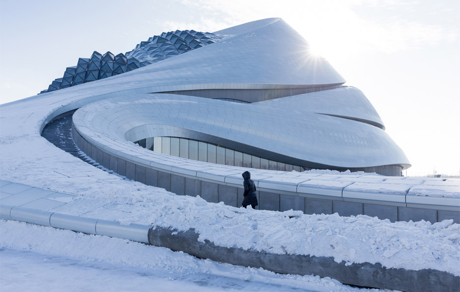 MAD's sinuous Harbin Opera House photographed in the snow by Iwan Baan