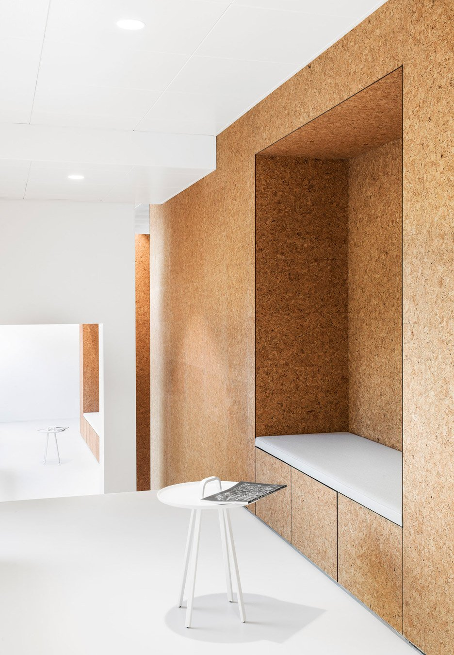 3novices dost converts 1960s restaurant into heart clinic with cork cubicles 3noviceseurope