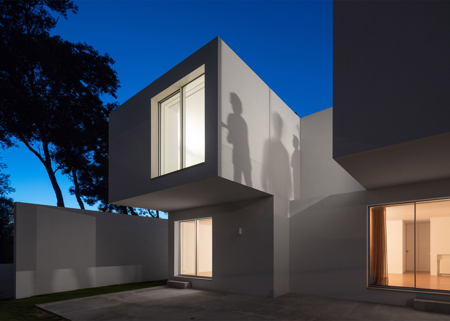 Photograph by Joao Morgado House MR by 236 Arquitectos