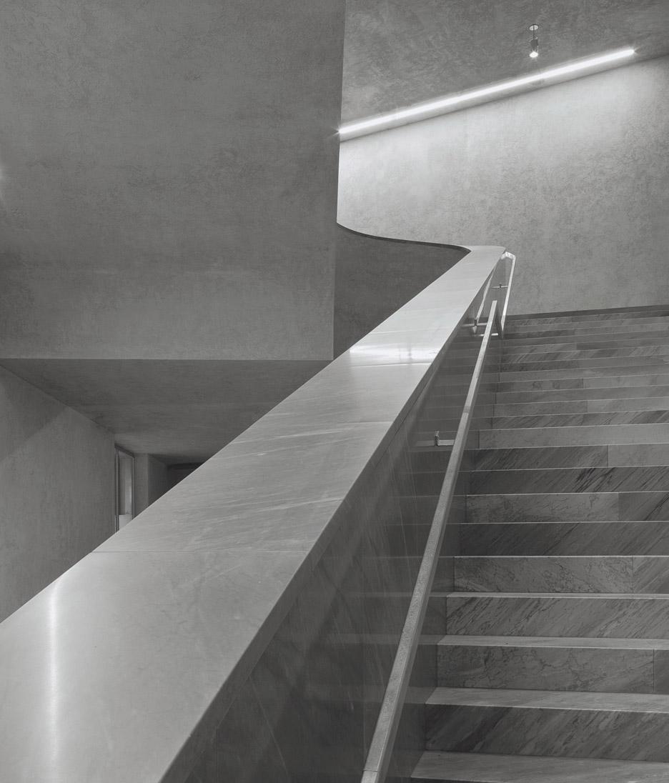 kunstmuseum-basel-christ-gantenbein-extension-interiors_dezeen_936_13