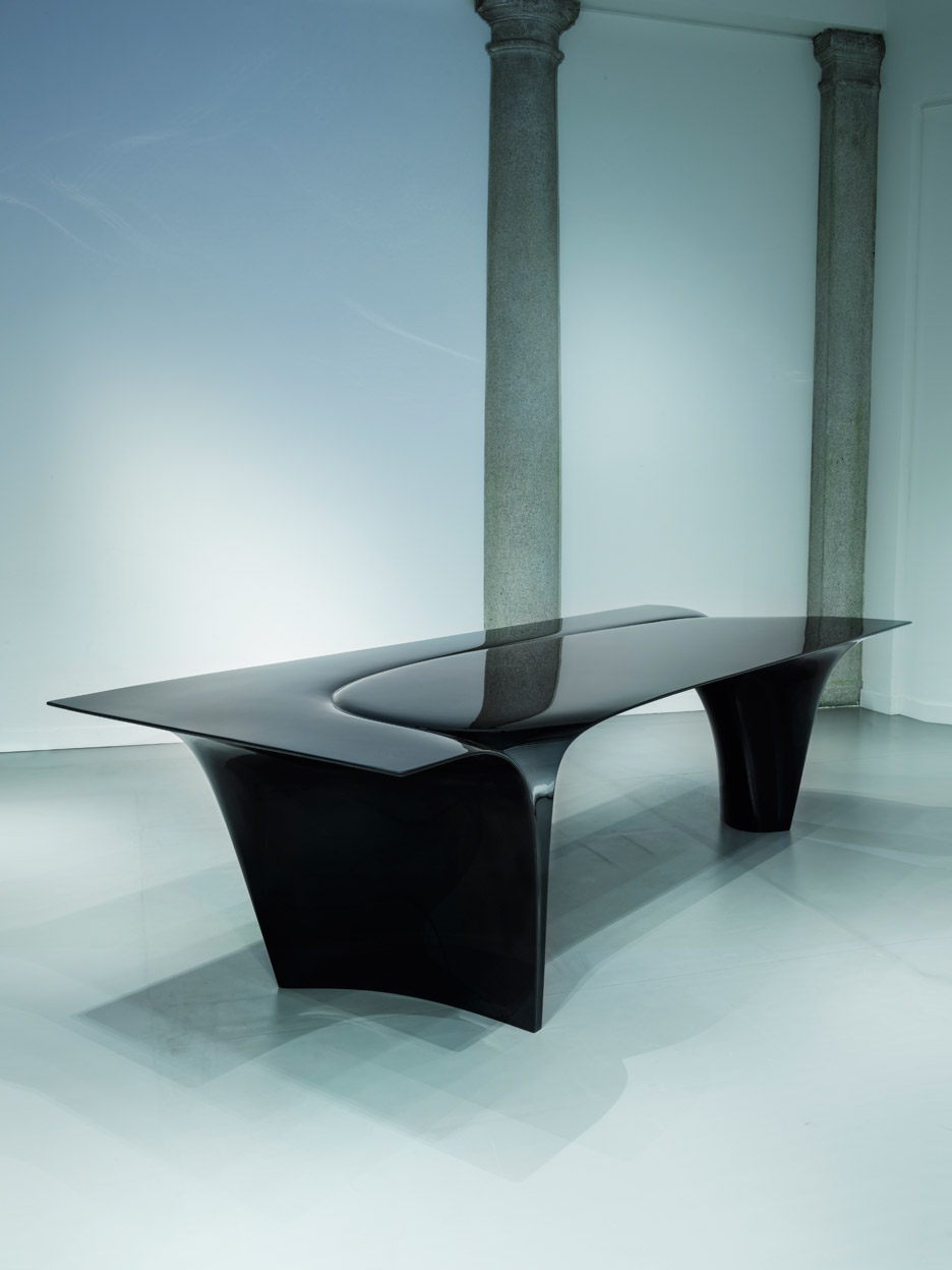 Mew table by Zaha Hadid for Sawaya & Moroni