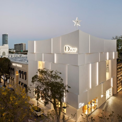 Miami Dior boutique by Barbarito Bancel is sheathed in curved white concrete panels
