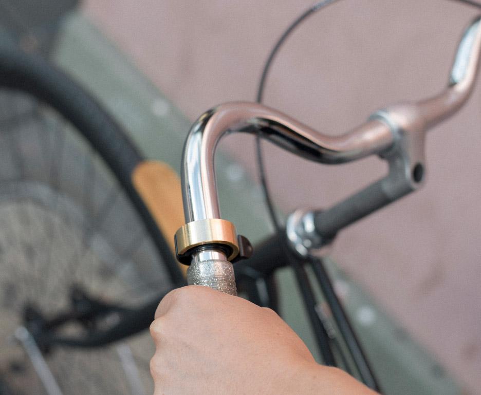 Oi bike bell by Knog