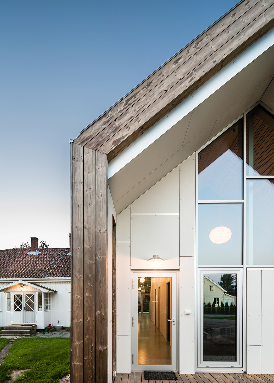 Øvre Tomtegate 7 by Link Arkitektur residential gabled extension architecture Norway