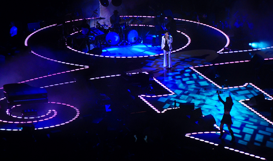 "Prince's ""love symbol"" stage set"
