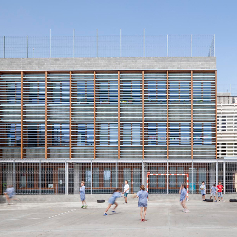 H arquitectes upgrades 1950s school building in spain with - Arquitectes sabadell ...