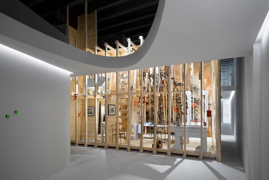3novices rooms novel living concepts show in milan for Manolo de giorgi