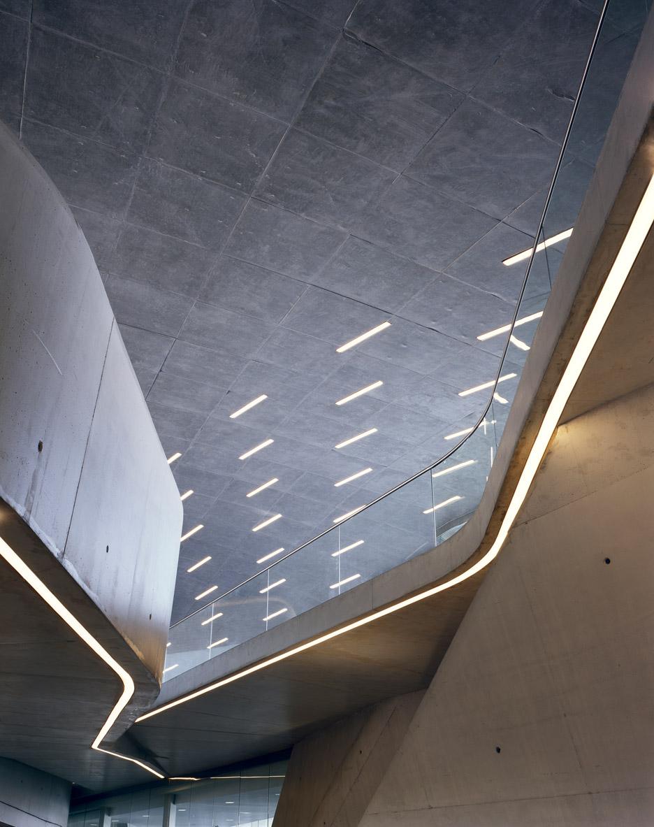 salerno-maritime-terminal-zaha-hadid-architects-helene-binet-italy_dezeen_936_10