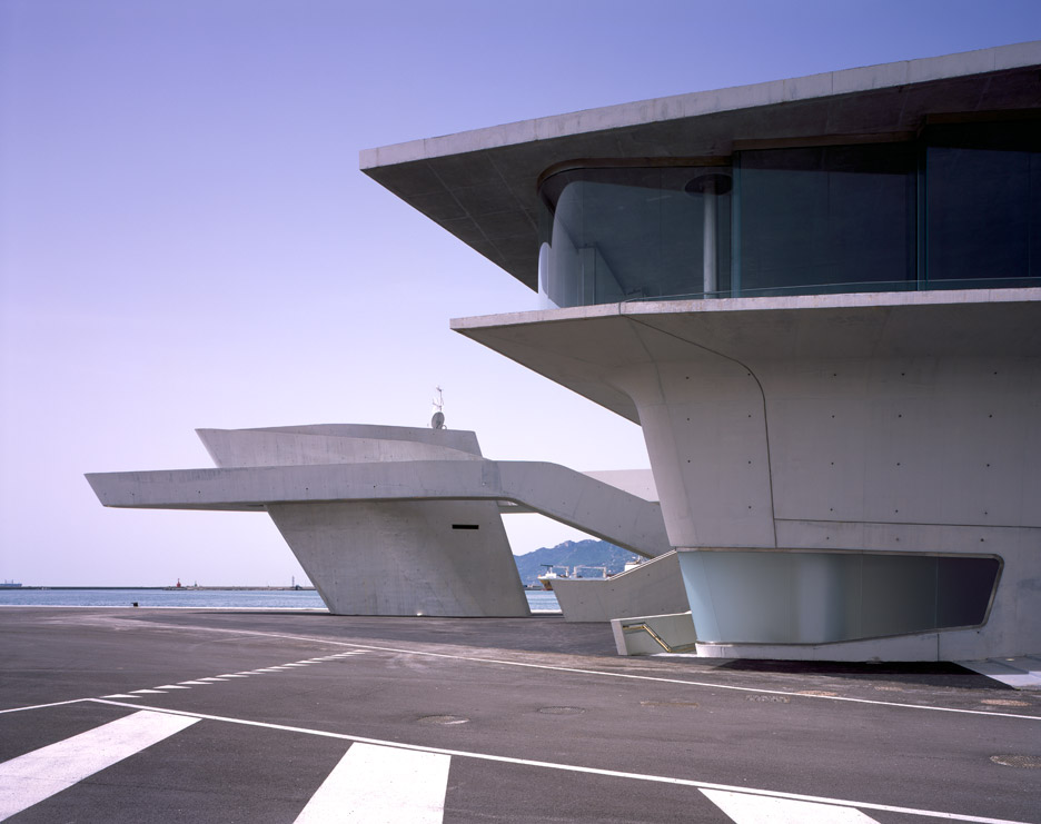 salerno-maritime-terminal-zaha-hadid-architects-helene-binet-italy_dezeen_936_11