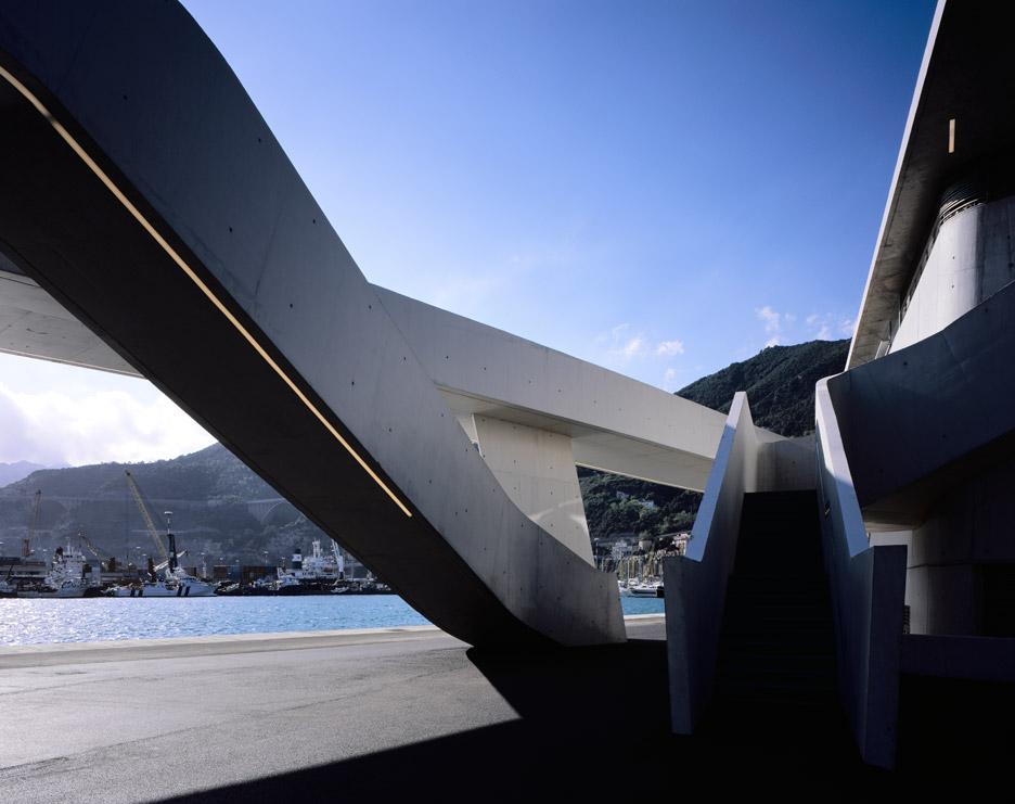salerno-maritime-terminal-zaha-hadid-architects-helene-binet-italy_dezeen_936_14