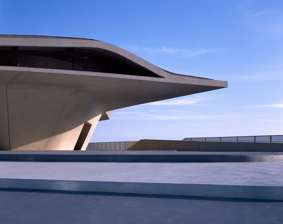 salerno-maritime-terminal-zaha-hadid-architects-helene-binet-italy_dezeen_936_15