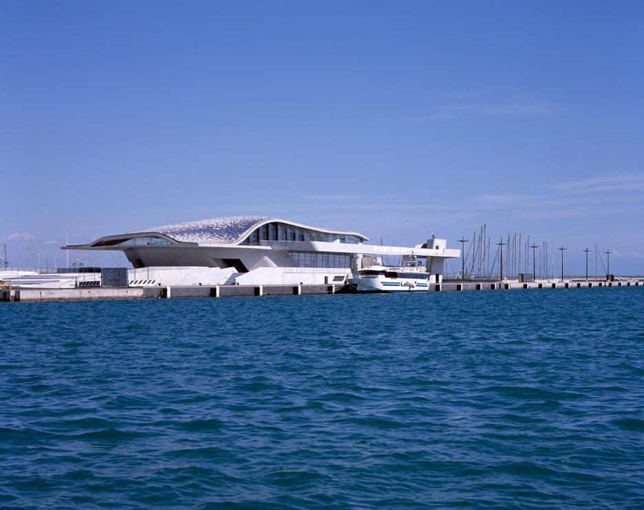 salerno-maritime-terminal-zaha-hadid-architects-helene-binet-italy_dezeen_936_5