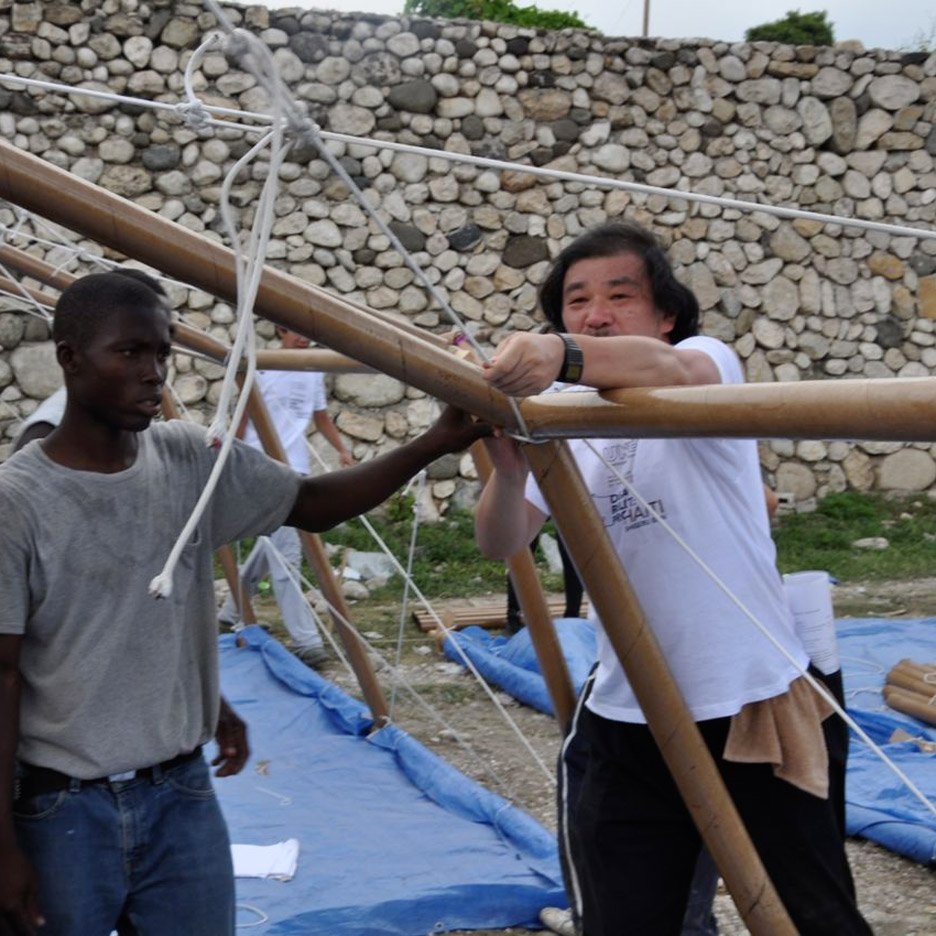 Shigeru Ban joins disaster relief effort following Ecuador earthquake