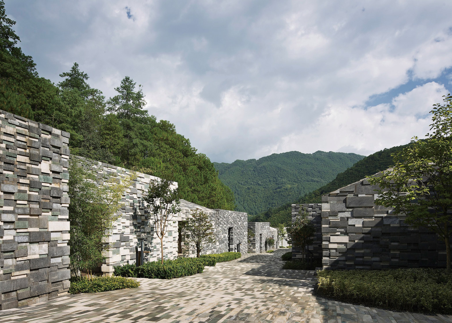 Yunfeng Spa Resort by Kengo Kuma Architects in Yunnan Province China