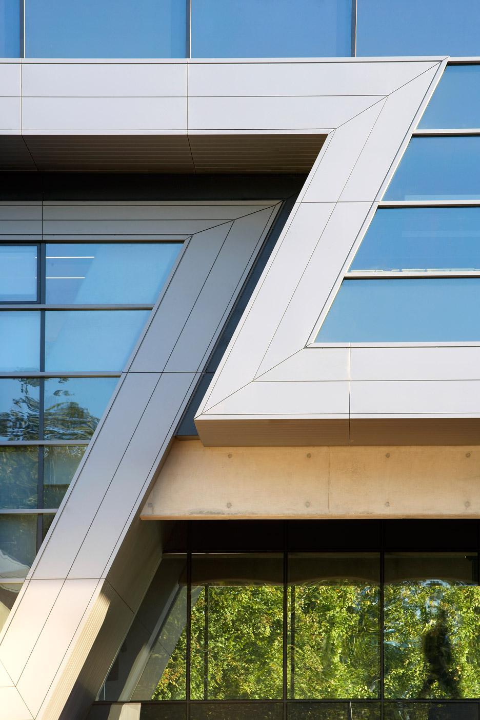 zaha-hadid-key-architecture-projects-photography-hufton-crow_dezeen_936_1