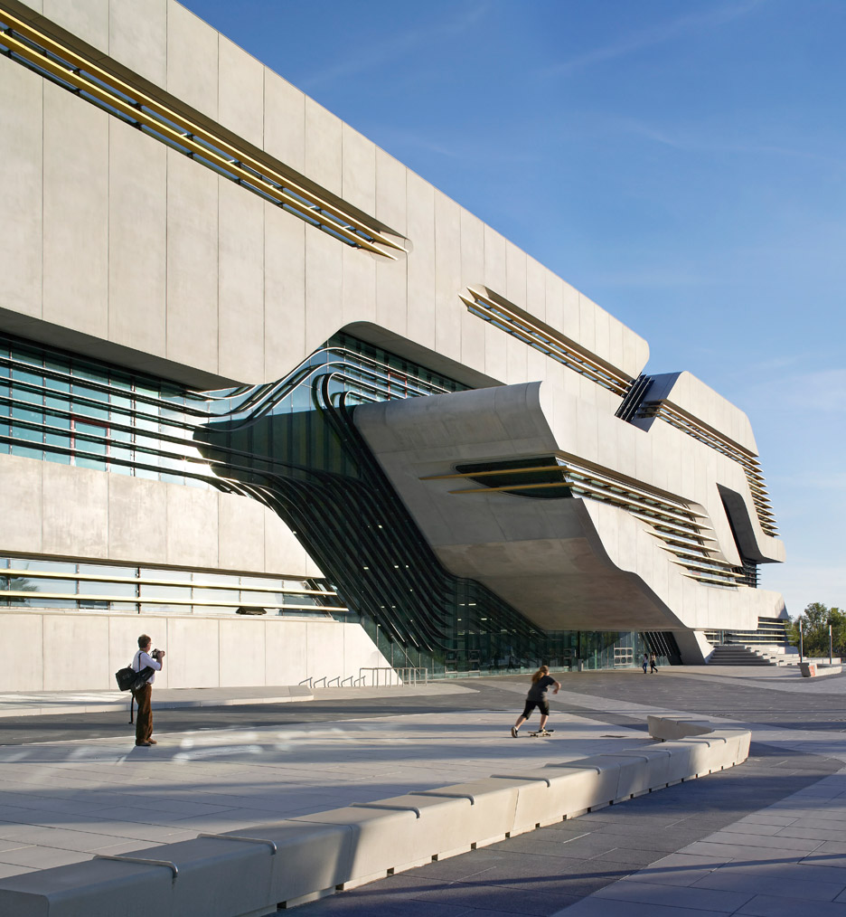 zaha-hadid-key-architecture-projects-photography-hufton-crow_dezeen_936_9